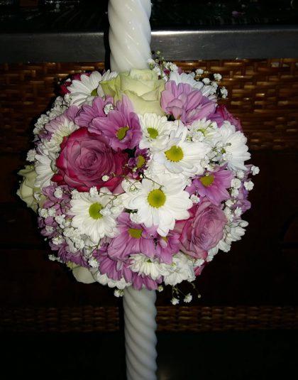 Lumanare cununie pe bila burete cu trandafiri ,crizanteme
